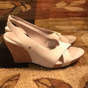 UGG Hazel wedge heels 7.5 cream